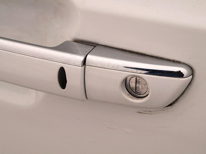 Brilliance V5 2014 дверная ручка