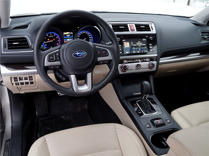 Subaru Outback 2015 салон