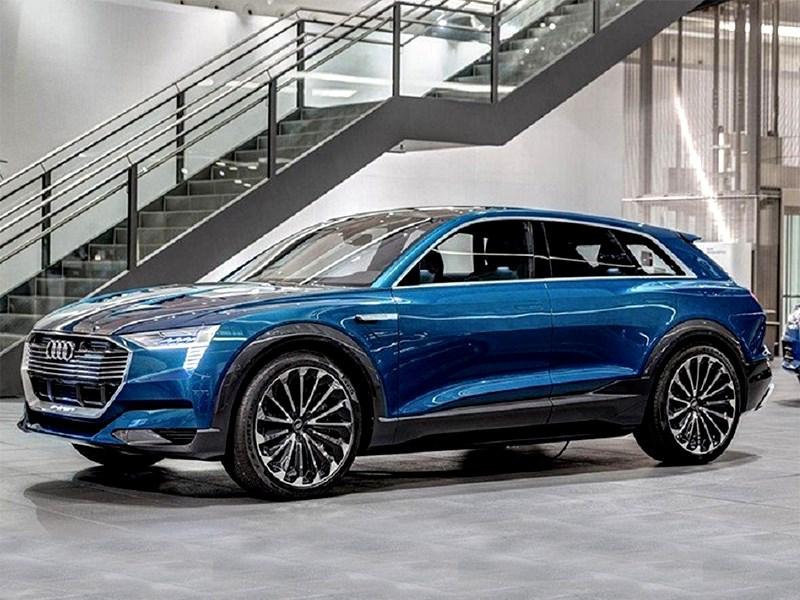 Audi начала прием заказов на электрический кроссовер Q6 e-tron