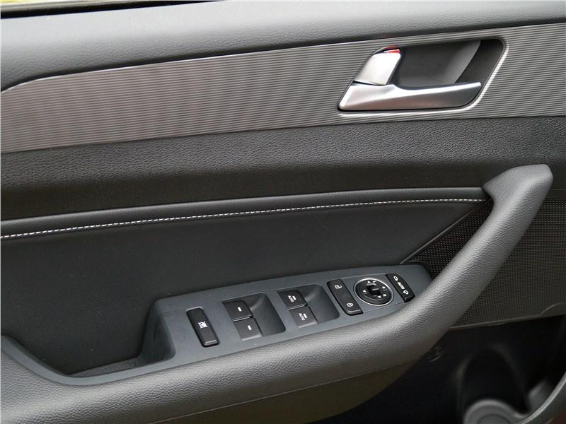Hyundai Sonata 2018 интерьер