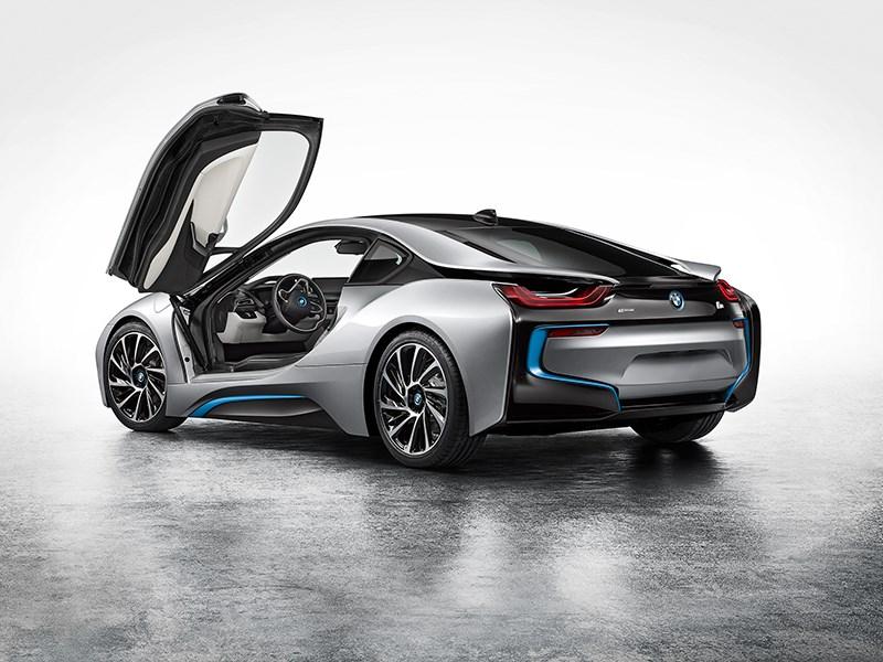 Новый BMW i8 - Суперкар – в серию!