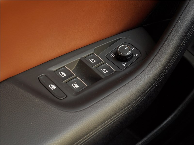 Volkswagen Passat 2015 дверь