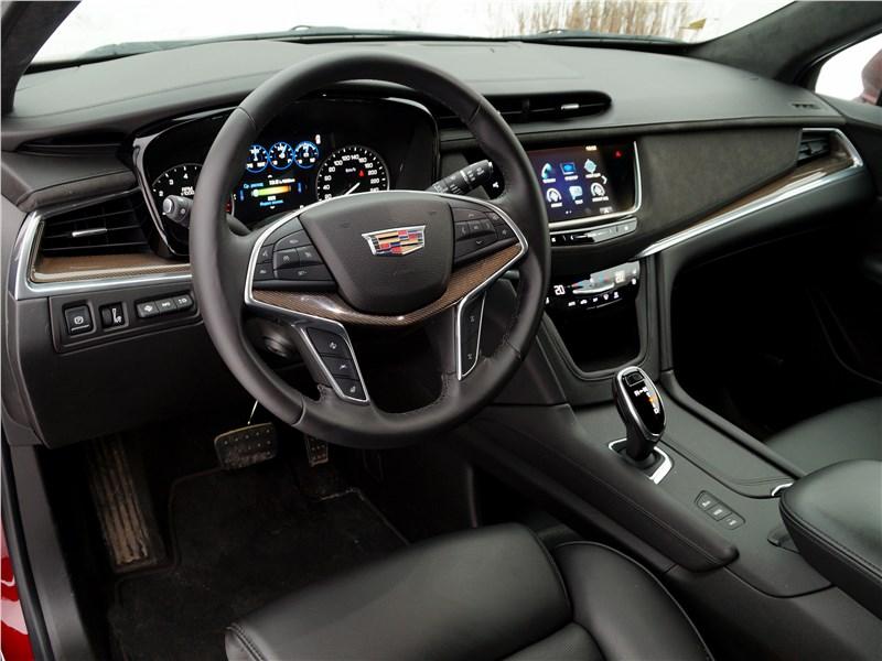 Cadillac XT5 2017 салон