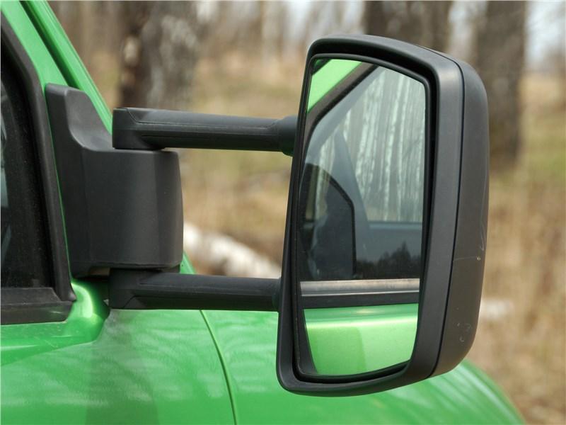 УАЗ «Профи» 4x4 2018 боковое зеркало