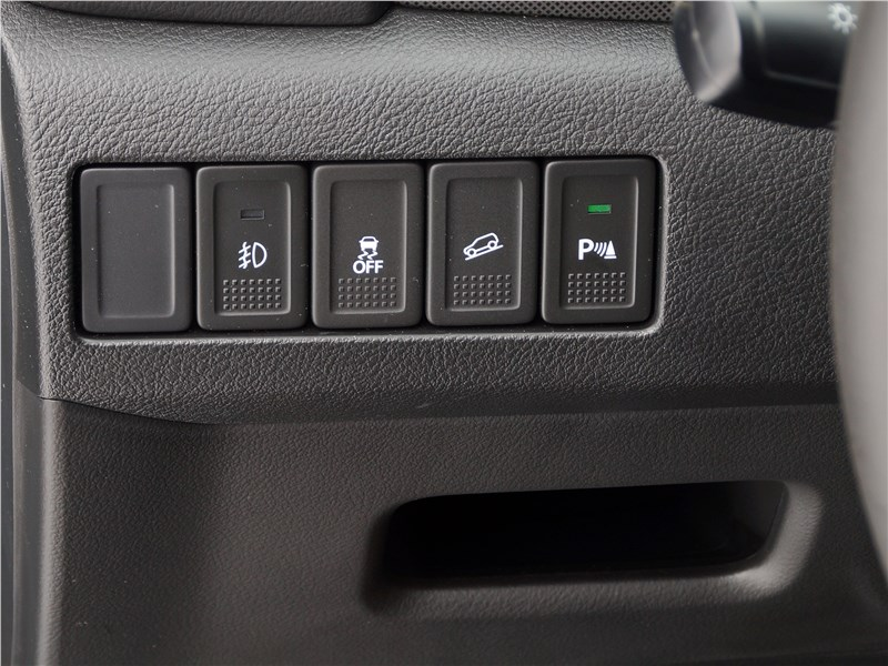 Suzuki Vitara 2019 кнопки