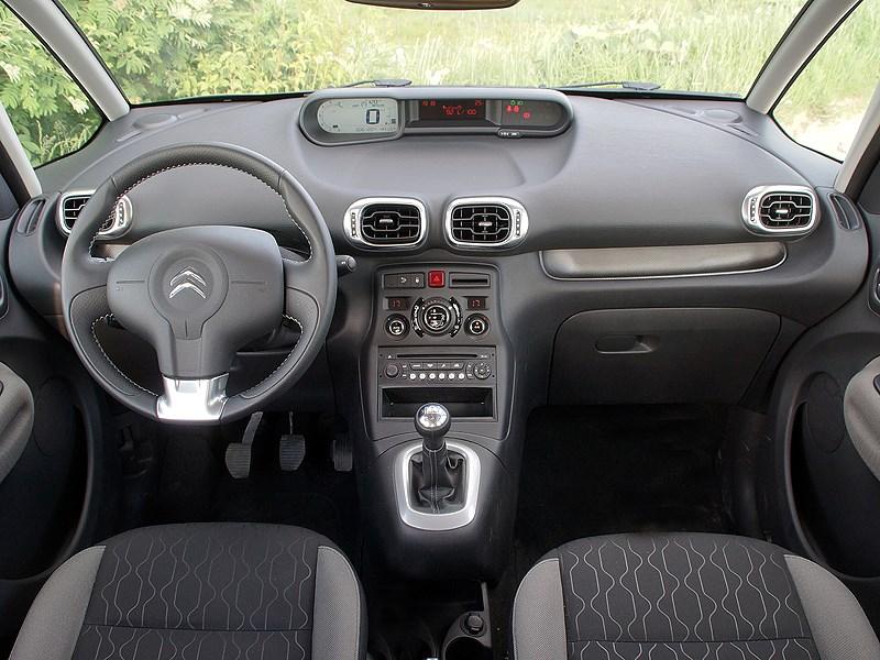 Citroen C3 Picasso 2013 водительское место
