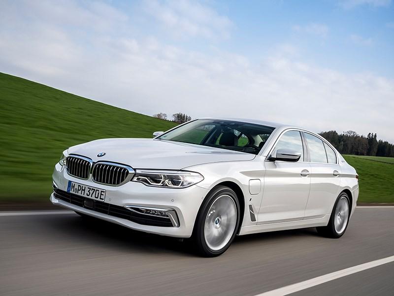 BMW 5-й серии получила гибридную версию