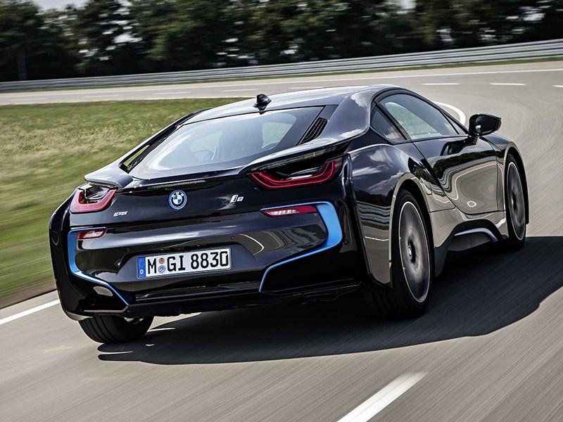 BMW i8 2014 вид сзади фото 1