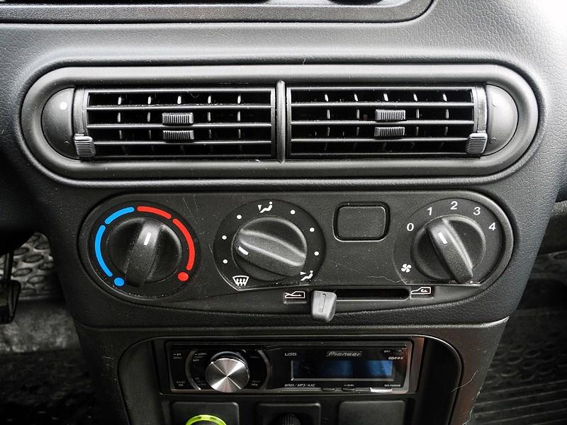 Chevrolet NIVA 2009 управление «климатом»