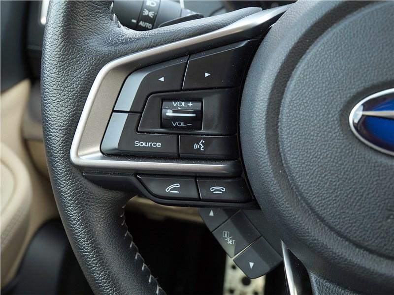 Subaru Legacy 2018 руль