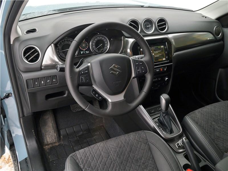 Suzuki Vitara 2019 салон