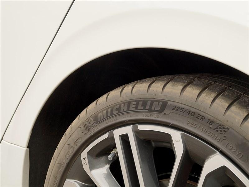 Kia ProCeed GT 2019 колесо