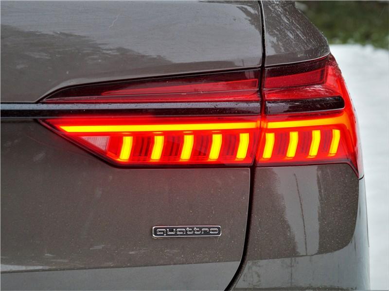Audi A6 allroad quattro (2020) задний фонарь