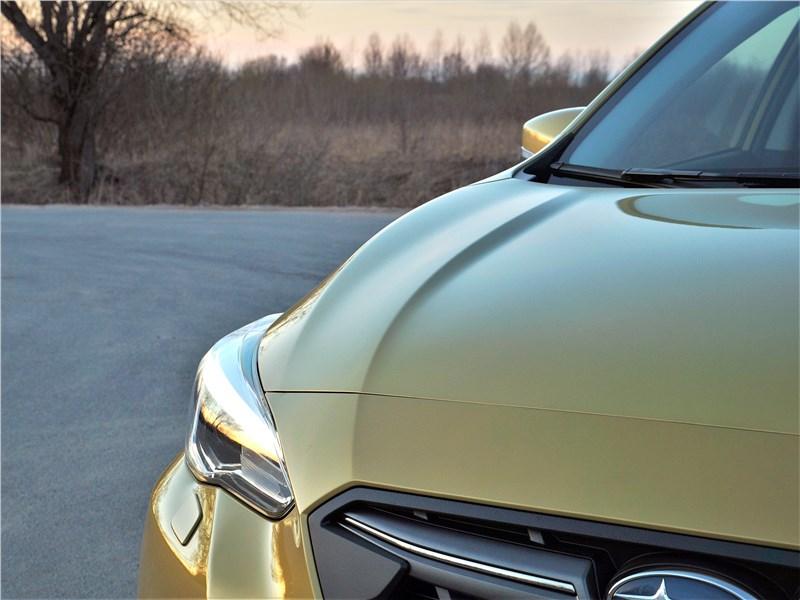 Subaru XV (2022) капот