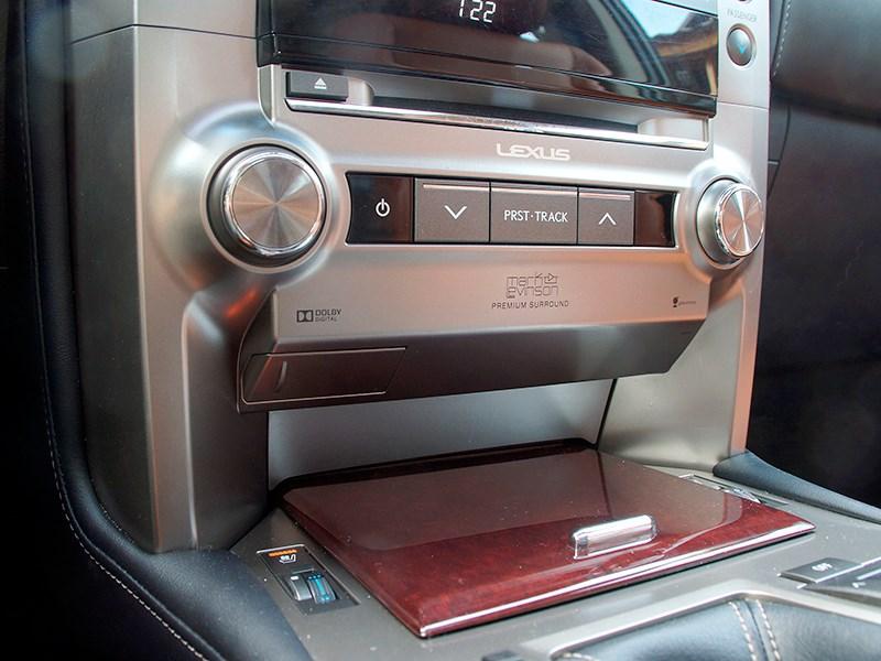 Lexus GX 460 2014 аудиосистема