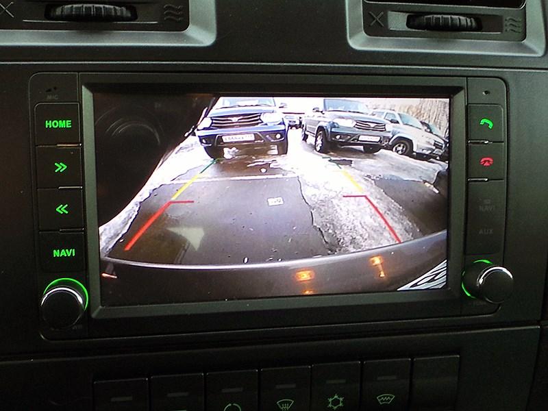UAZ Patriot 2014 монитор
