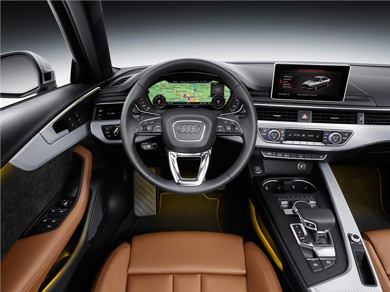 Audi A4 2016 водительское место
