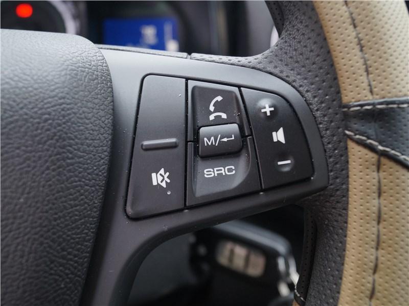 Lada XRay 2015 руль