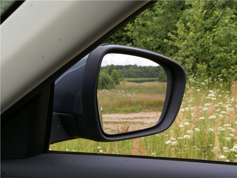 Geely Atlas 2019 боковое зеркало