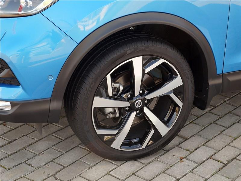 Nissan Qashqai 2018 колесо