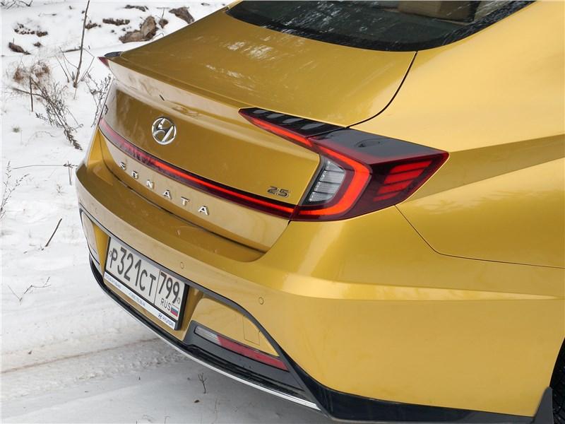 Hyundai Sonata 2020 задний фонарь