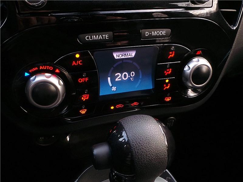 Nissan Juke 2015 климат-контроль