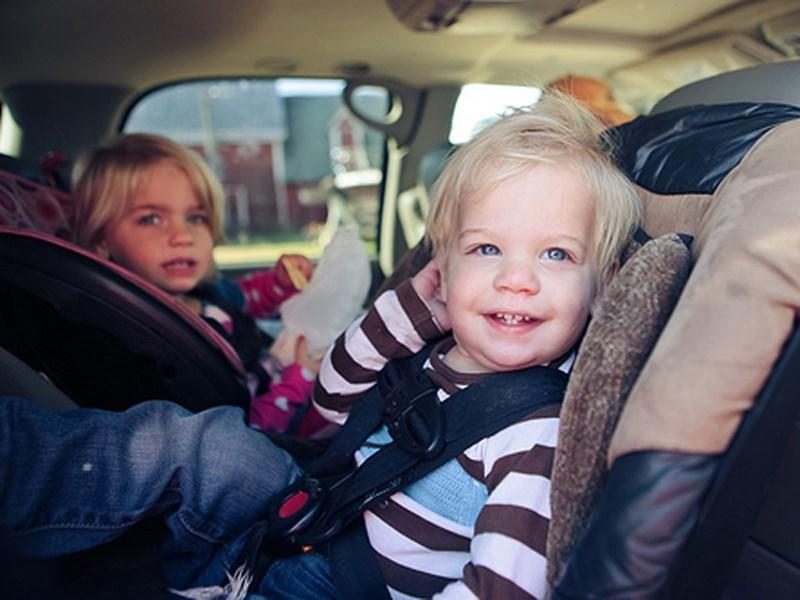 Правила перевозки детей ужесточат этим летом