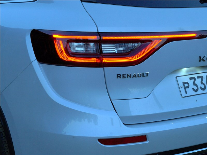 Renault Koleos 2017 задний фонарь
