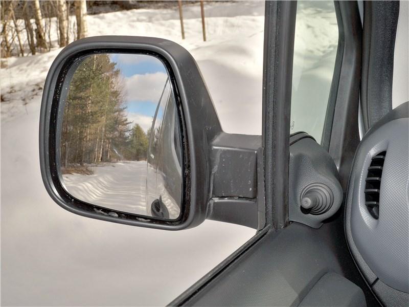 Peugeot Partner Tepee (2016) боковое зеркало