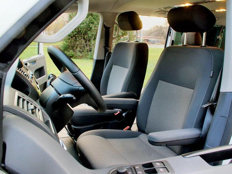 Volkswagen Caravelle передние кресла