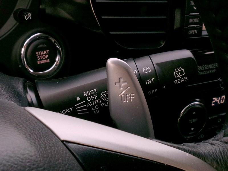 Mitsubishi Outlander 2014 подрулевые лепестки