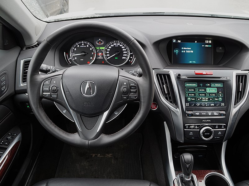 Acura TLX 2015 центральная консоль