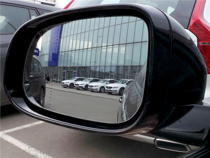 Volvo V60 Cross Country 2015 боковое зеркало