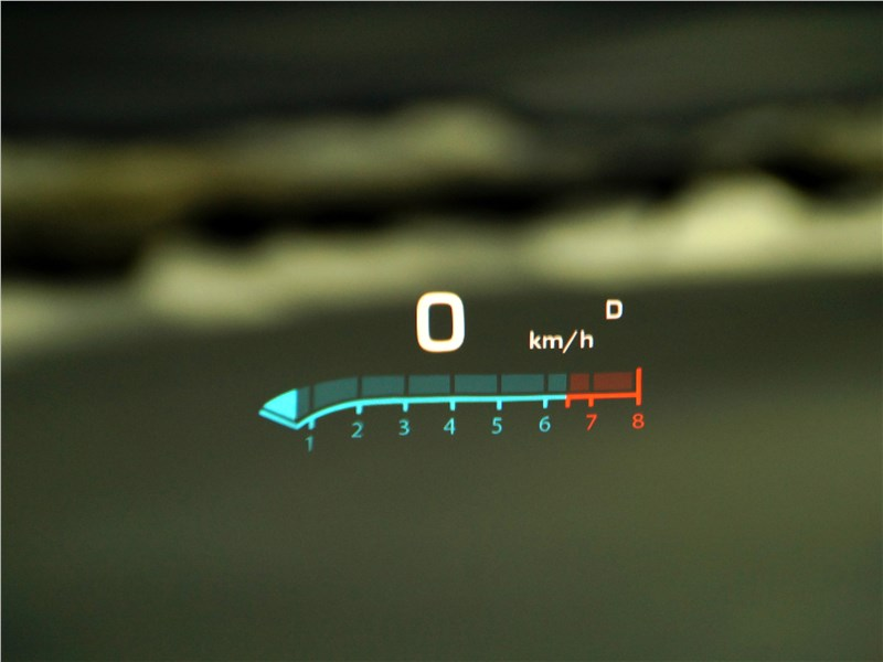 Cadillac XT5 2017 дисплей HUD