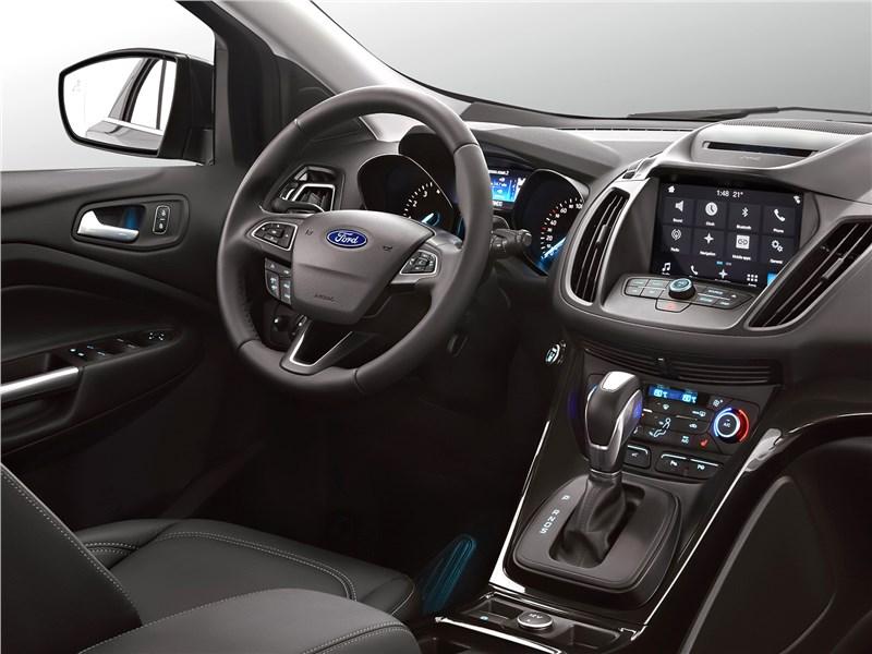 Ford Kuga 2017 салон