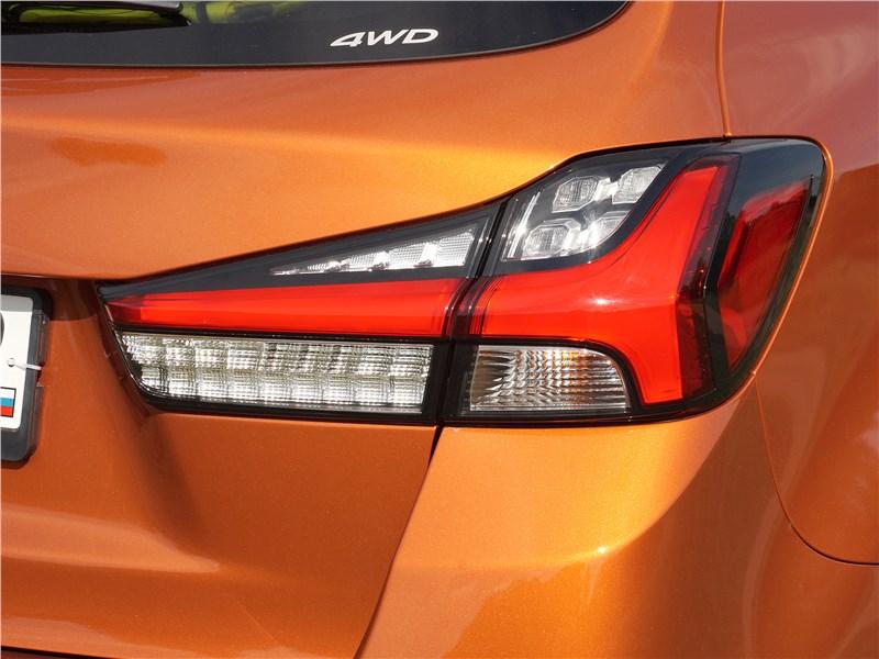 Mitsubishi ASX 2020 задний фонарь