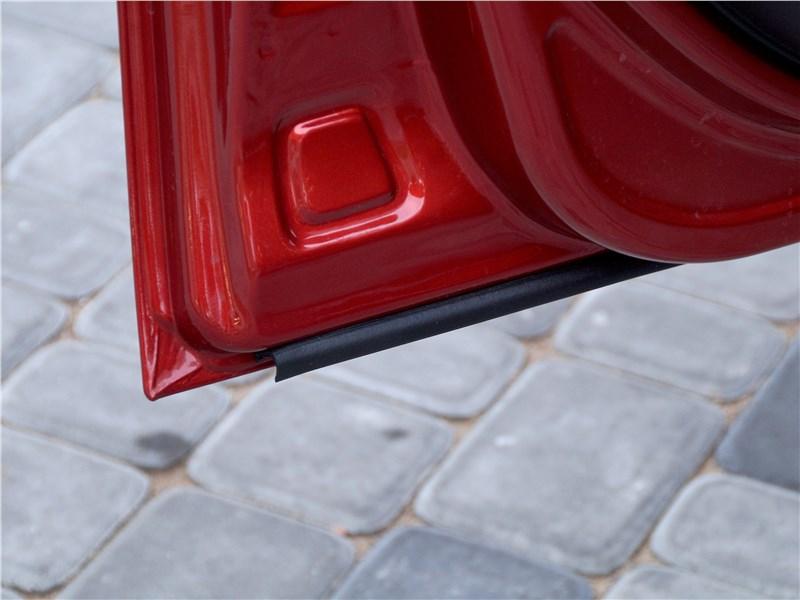 Lada Granta 2019 передняя дверь