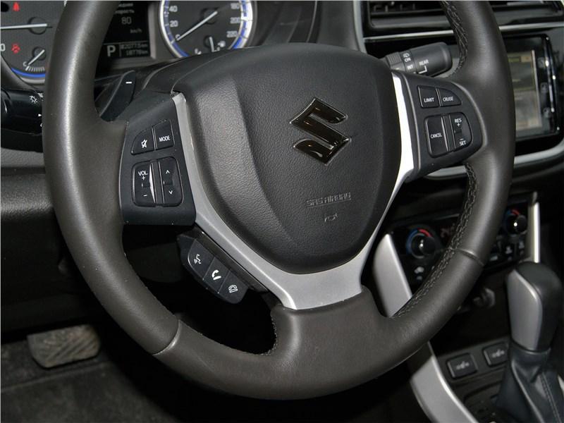 Suzuki SX4 2016 руль