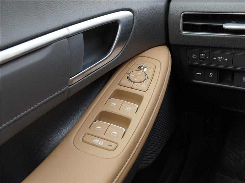 Hyundai Sonata 2020 подлокотник