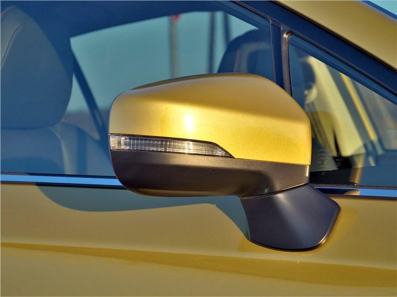 Subaru XV (2022) боковое зеркало