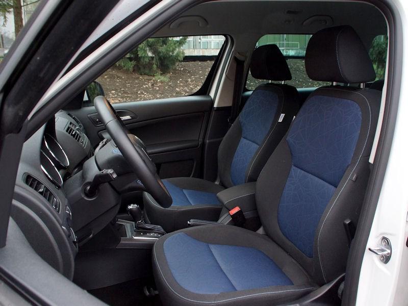 Skoda Yeti 2013 передние кресла