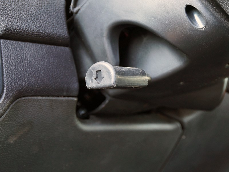 UAZ Pickup 2014 регулировка руля по высоте