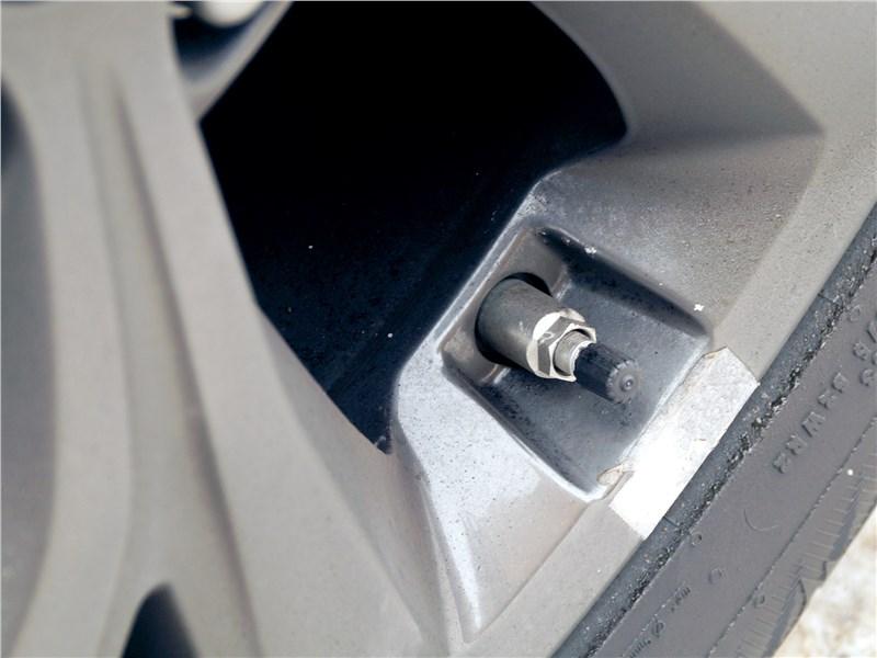 Hyundai Santa Fe 2015 колесо
