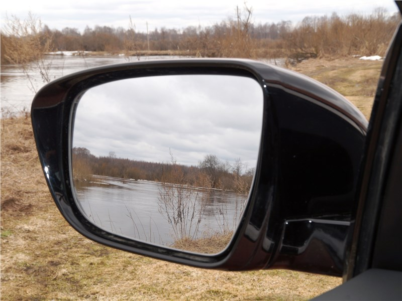 Nissan Murano 2016 боковое зеркало