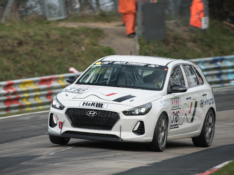Hyundai протестировал спортверсию i30 в гонках