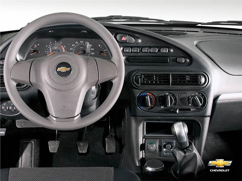 Chevrolet Niva (2009)