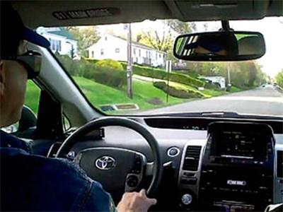 Toyota разрабатывает систему, предупреждающую водителя о риске получить инфаркт