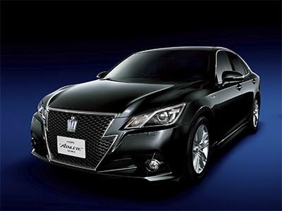 Японские ведомства опубликовали списки самых безопасных машин 2013 года
