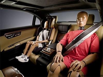 Автомобили General Motors не смогут сдвинуться с места, пока все пассажиры не пристенутся