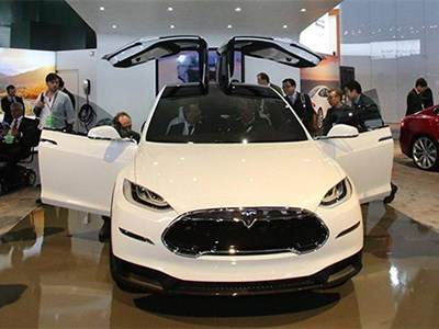 Серийное производство электрокроссоверов Tesla Model X стартует в начале 2015 года